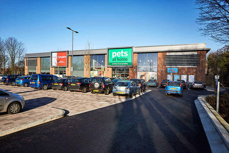 Kirkstall Bridge Shopping Park Pets at Home